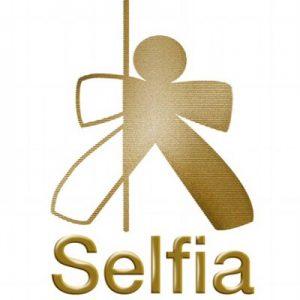 logo selfia
